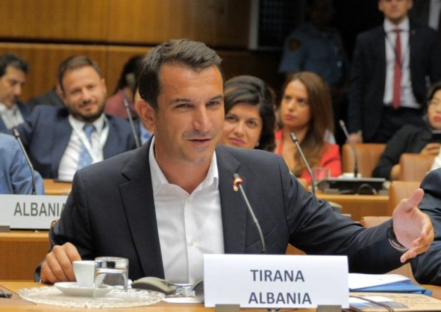 Erion Veliaj's lie/ The Mayor brought in Tirana an award that does not exist