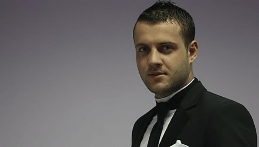 Luiz Ejlli humb njeriun më të shtrenjtë: Me dhimbje në zemër...