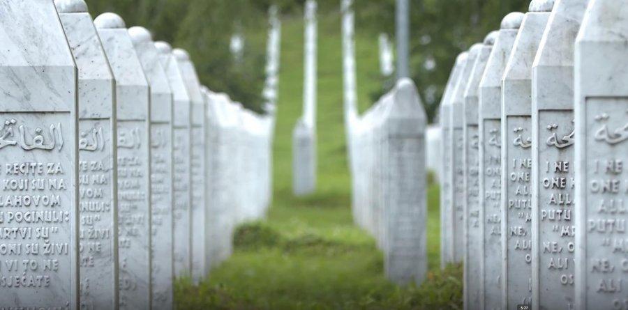 N euml n euml   nuk do t euml  t euml  shoh m euml  kurr euml      Eshtrat e pagjetura  25 vjet pas gjenocidit n euml  Srebrenic euml
