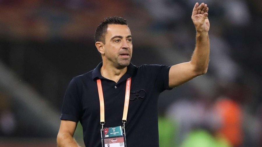 Xavi trajneri i ri i Barcelonës? Mesfushori legjendar bën deklaratën surprizë!