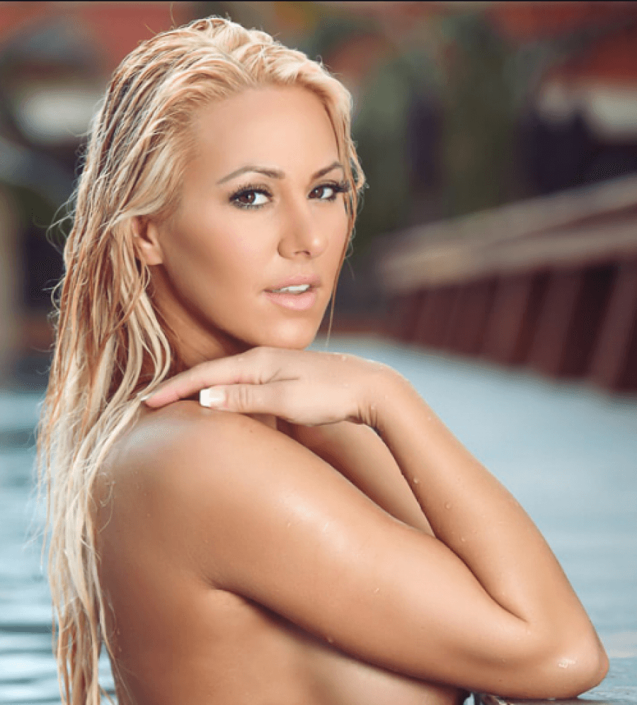 Modelja e Playboy t provokon rrjetit me fotot  lsquo hot rsquo