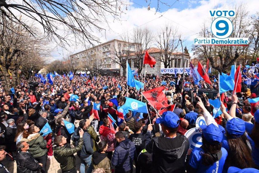 VIDE/ Basha nga Korça: Jemi 4 ditë para fitores më të madhe në histori